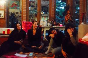 circulo de mujeres con Nohemi Hervada y Leslie  Power