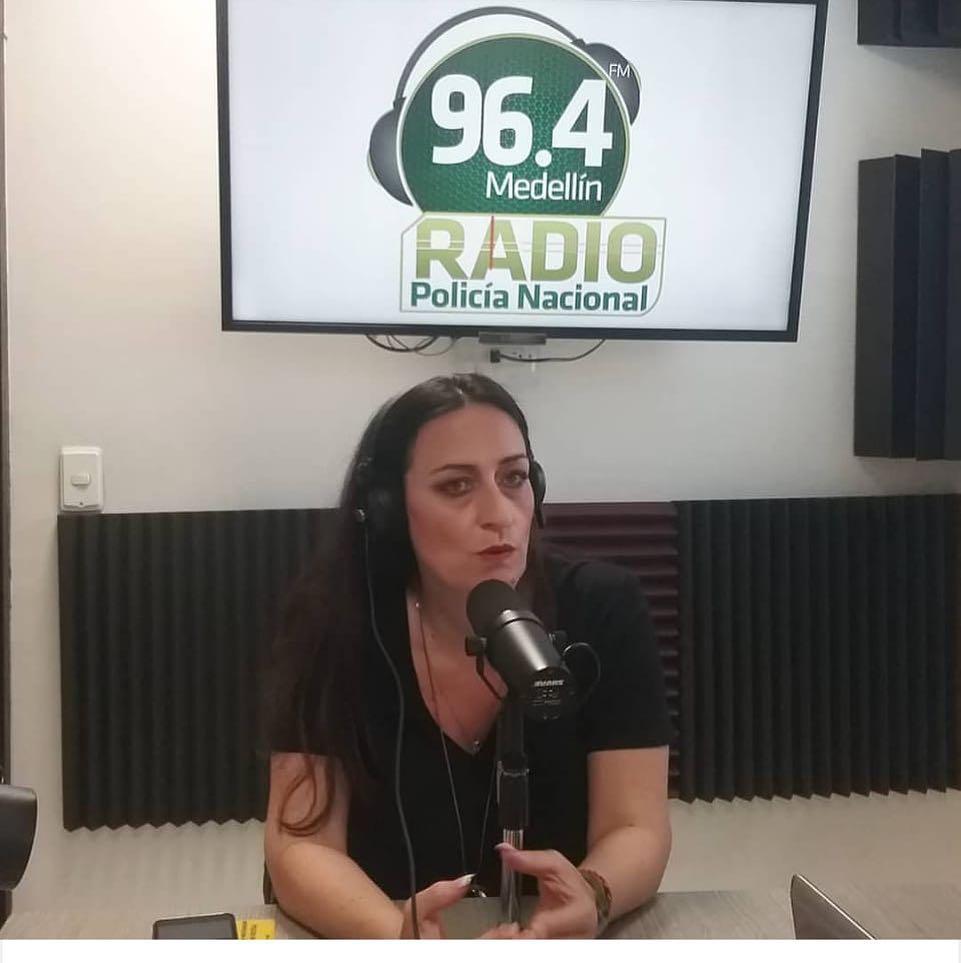Entrevista en la Radio de la Policía